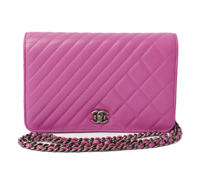6015a7d224c0 ... chain wallet / shoulder bag. CHANEL matelasse / Chevron leather purple  / cancer metallic シャネル CHANEL 折財布