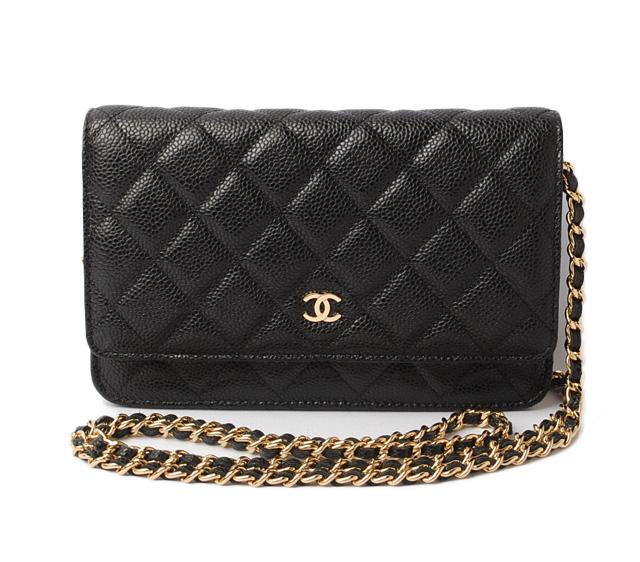 ecbf7b2f Takeru Chanel wallet / chain wallet / shoulder bag CHANEL A33814 caviar  skin black / Bordeaux gold metal fittings mint condition