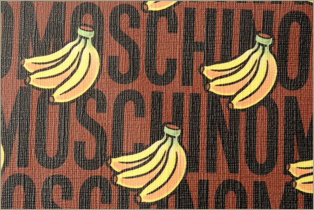 c69a184ce82 Moschino X Mario clutch porch / clutch bag. Super Moschino MOSCHINO  collaboration brown / yellow banana print モスキーノ モスキーノ モスキーノ