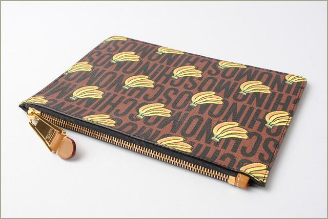 6aa81d8d2aa Moschino X Mario clutch porch / clutch bag. Super Moschino MOSCHINO  collaboration brown / yellow banana print モスキーノ モスキーノ モスキーノ モスキーノ