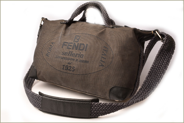 Import shop P.I.T.  Fendi shoulder bag   handbag FENDI canvas logo ... 417402d26a3be