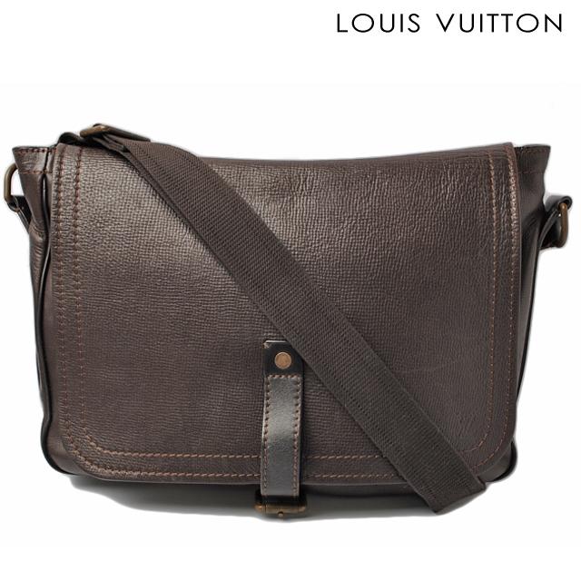 e61fe9c6c82 Louis Vuitton LOUIS VUITON bag Omaha Messenger bag M92071 Utah Cafe men ...
