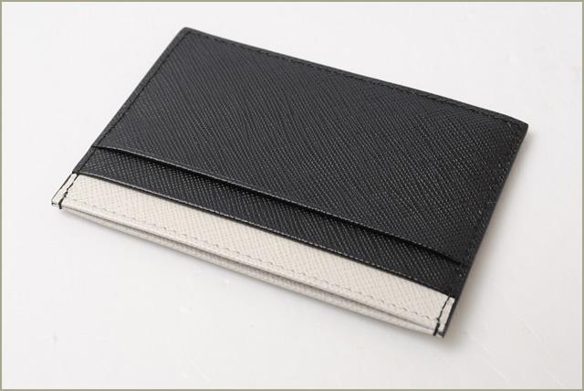 プラダ カードケース 名刺入れ PRADA 2MC149 SAFFIANO LINE 型押しレザー NERO TALCO ブラック ホワイト 未使用 ギフト プレゼントPTOiXZuk