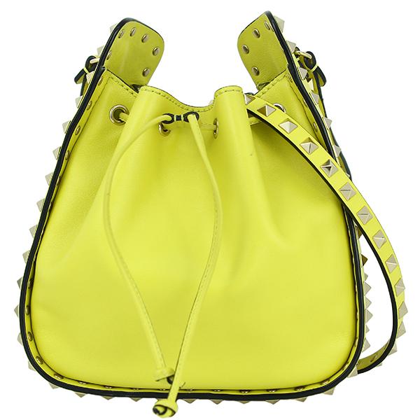 3f4074b9eef2 ヴァレンティノ 巾着ショルダーバッグ スモールバケットバッグ ロックスタッズ イエロー レザー 女性用 スタッド 女性用