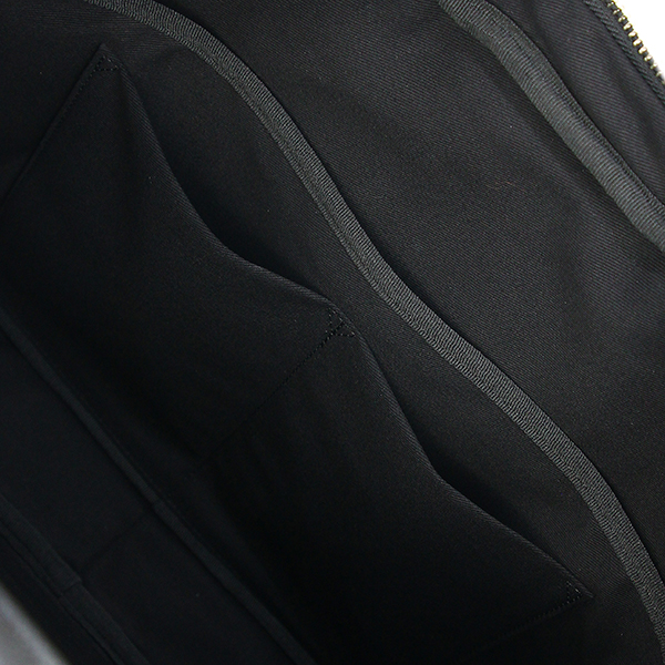 PAUL SMITH ポールスミス ブリーフケース 2WAYバッグ ブラック 黒 ピンストライプ カーフレザー メンズ ビジネスバッグ 斜めがけバッグ 斜めがけショルダーバッグ 書類カバン 通勤 本革 カジュアル 肩掛け ハンドバック バック HANDBAG BAG 新作 ブランド 新品