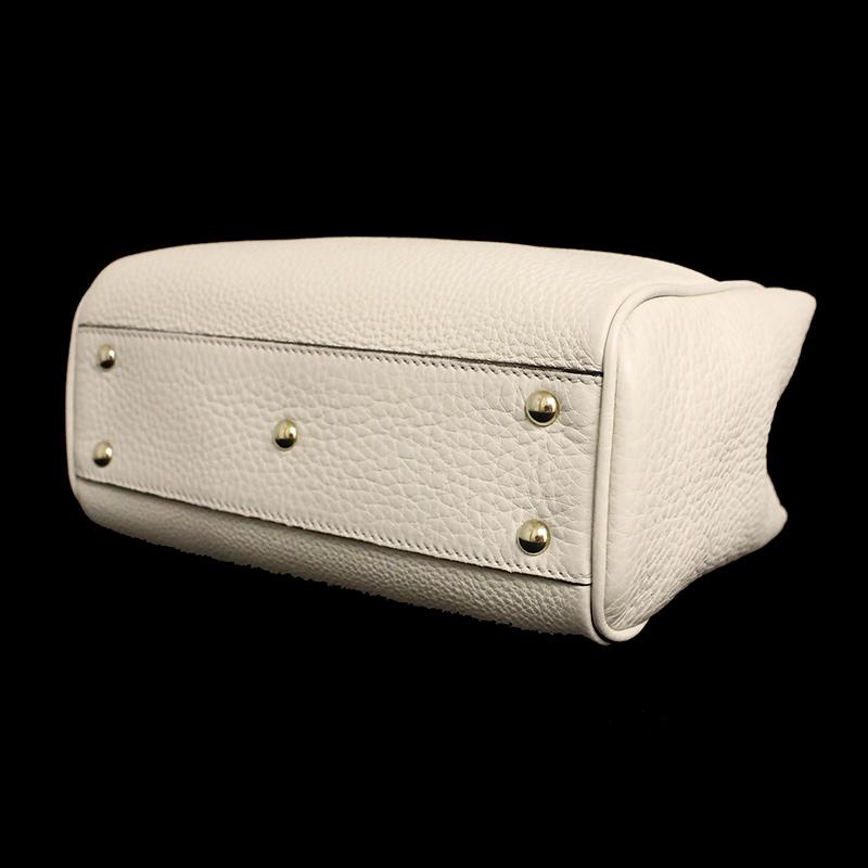 65b385fb5 ... Gucci bamboo shopper mini-steering wheel bag 368823 tassel charm  off-white belonging to ...