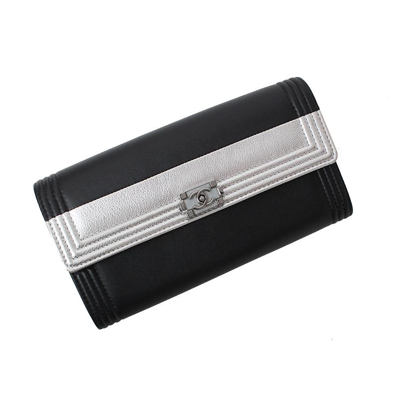 シャネル ボーイシャネル 二つ折り長財布 バイカラー A80744【新品・未使用品】