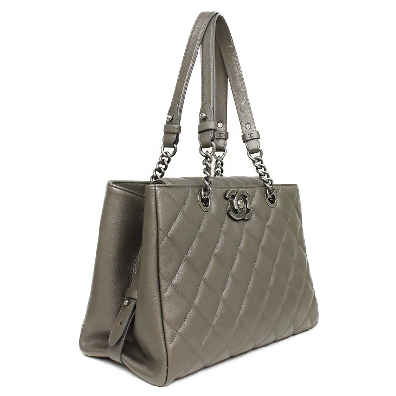 e9e389f47542 BrandCity  Chanel Quilted City Rock goat skin chain tote bag gray ...
