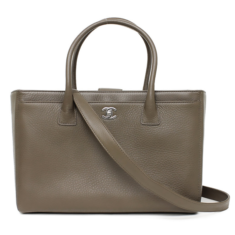 7d0b5a76b49b BrandCity  Chanel executive line 2WAY tote bag khaki A15206 ...