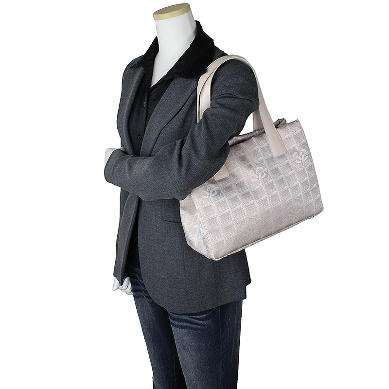 b5bfd53489de BrandCity: Chanel current style bell line tote bag PM pink beige ...