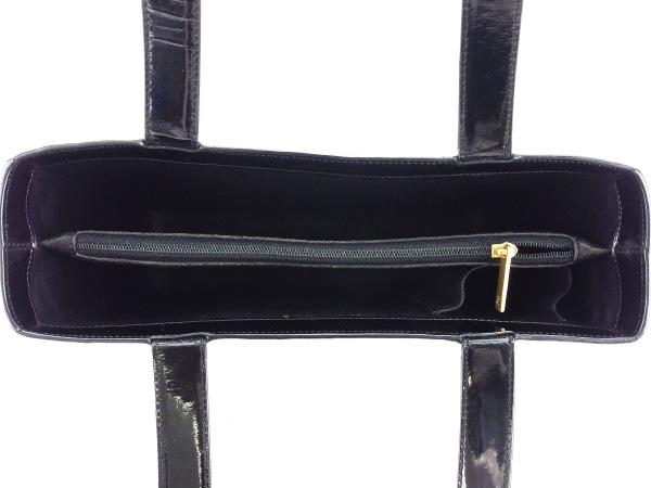 ファッションセール10 オフシャネル トートバッグ ショルダーバッグ ロゴ ブラック CHANEL バック 収納 ファッション ブランド ブランドバッグ 手持ちバッグ 人気 贈り物 迅速発送 在庫処分 男性 女性 良品 夏 1点物 T16406ZPkXiu