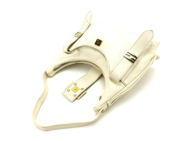 Fendi FENDI shoulder bag one shoulder Lady s FF plate white X gold leather ( correspondence) popularity sale K352. b2a6e25c1a24a