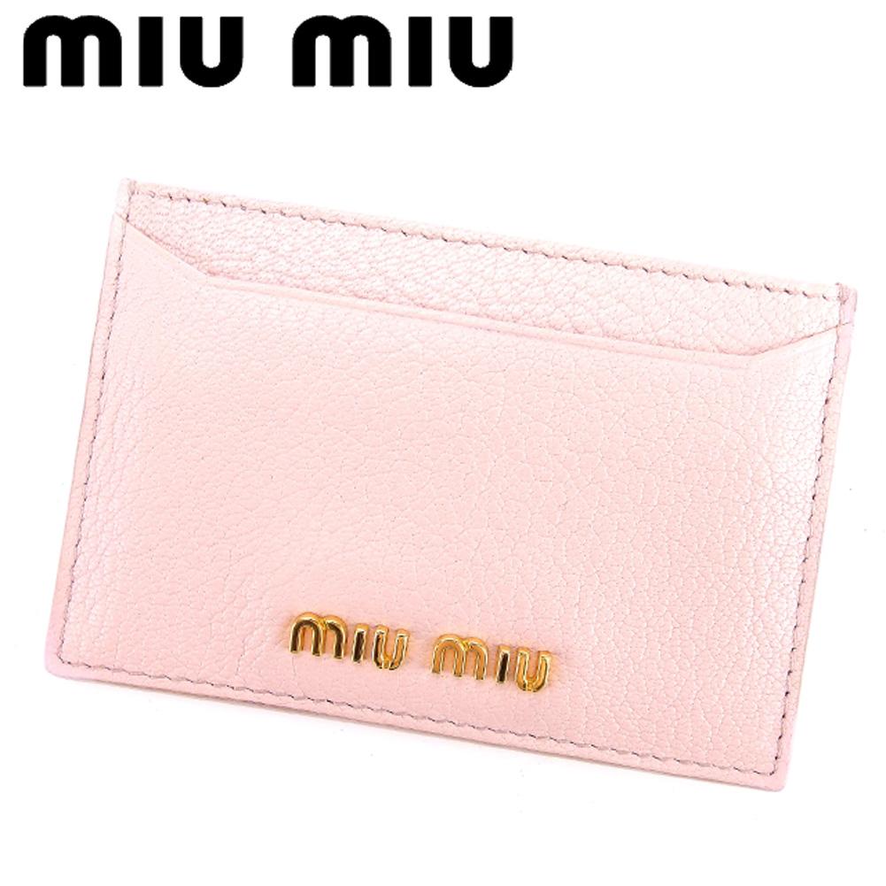 ロゴ miu ピンク ミュウミュウ カードケース miu カード パスケース レザー 【ミュウミュウ】 ゴールド 【中古】 D1807