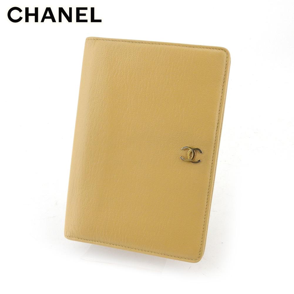 【中古】 シャネル 二つ折り 財布 財布 レディース メンズ ココマーク ベージュ レザー CHANEL T18082