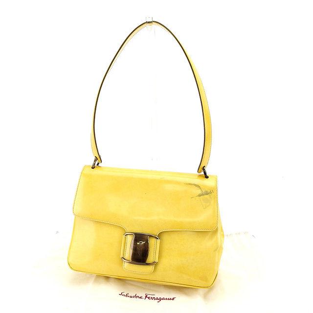 31e55ca092c2 Salvatore Ferragamo Salvatore Ferragamo shoulder bag shoulder Womens vala  fitting yellow   bronze patent leather with C2033 ☆