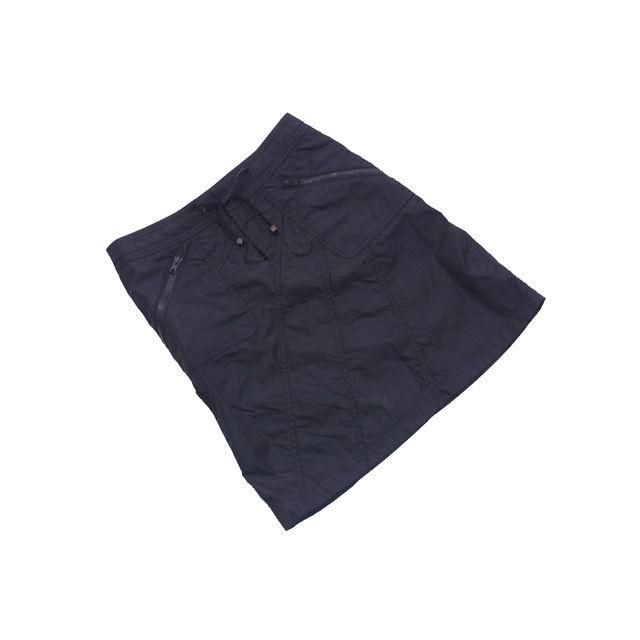 【中古】 バーバリー BURBERRY スカート 斜め切替え ヒザ丈 レディース ♯36サイズ ウエストリボン ファスナーポケット ブラック 良品 人気 L2080 .