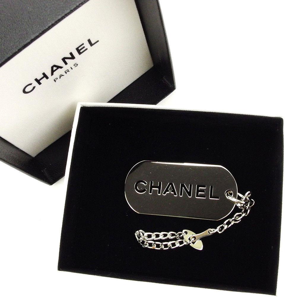 【中古】 シャネル CHANEL キーチェーン キーホルダー チャーム メンズ可 ロゴ シルバー 美品 T4004