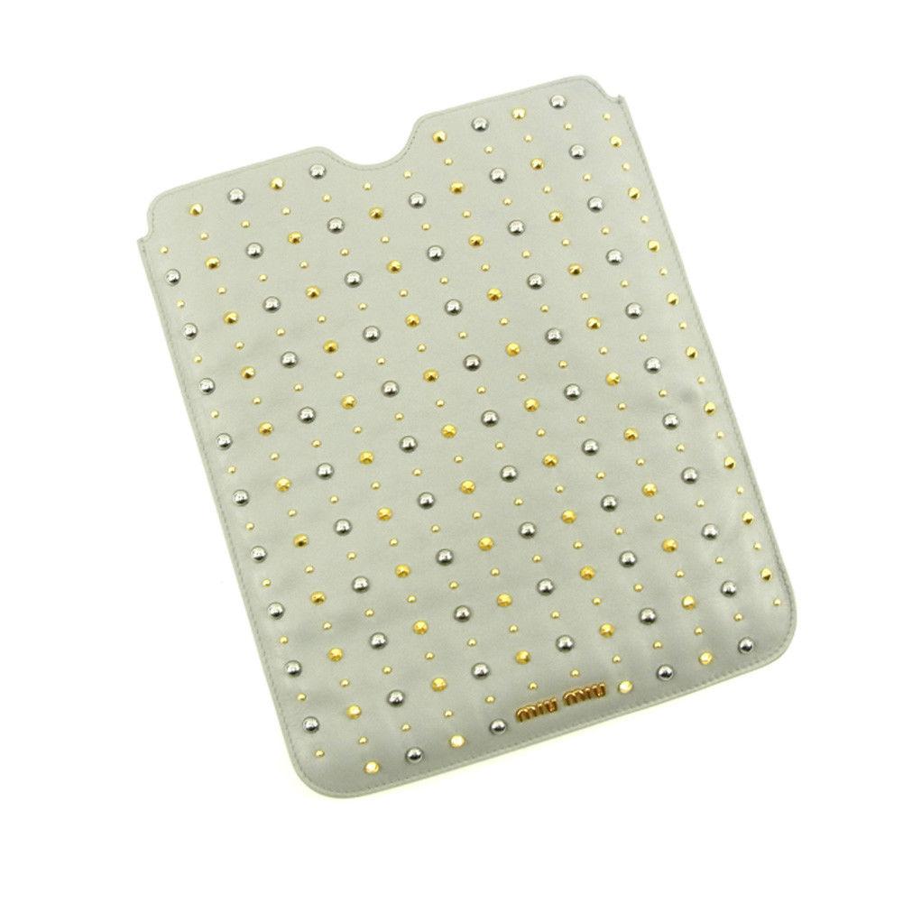 【中古】 ミュウミュウ miumiu iPadケース タブレットケース レディース スタッズ グレー レザー 人気 良品 T4594