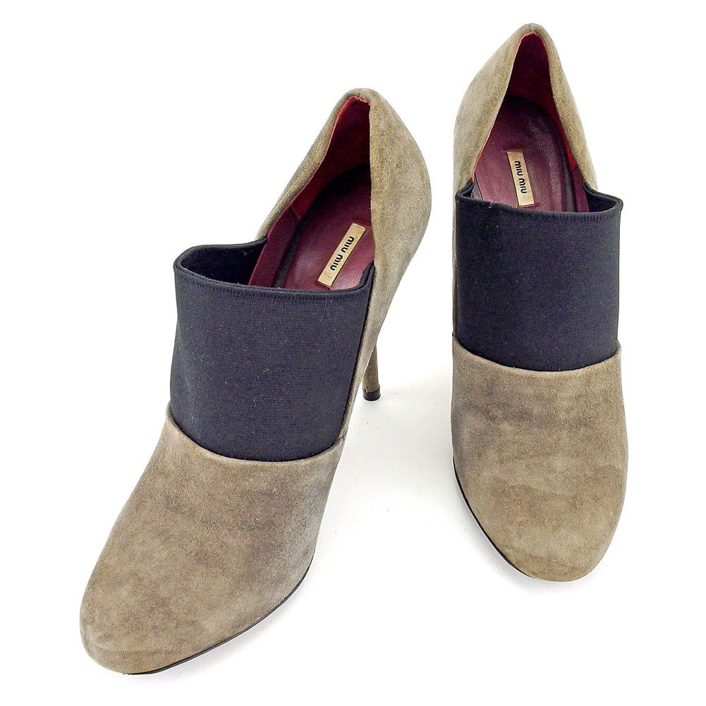 【中古】 ミュウミュウ miu miu パンプス シューズ 靴 レディース ♯38ハーフ ハイヒール グレー 灰色 ブラック スエード T5250 .