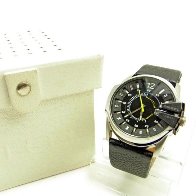 【中古】 ディーゼル DIESEL 腕時計 アクセサリー メンズ ブラック×シルバー レザー×シルバー素材 良品 Y6257
