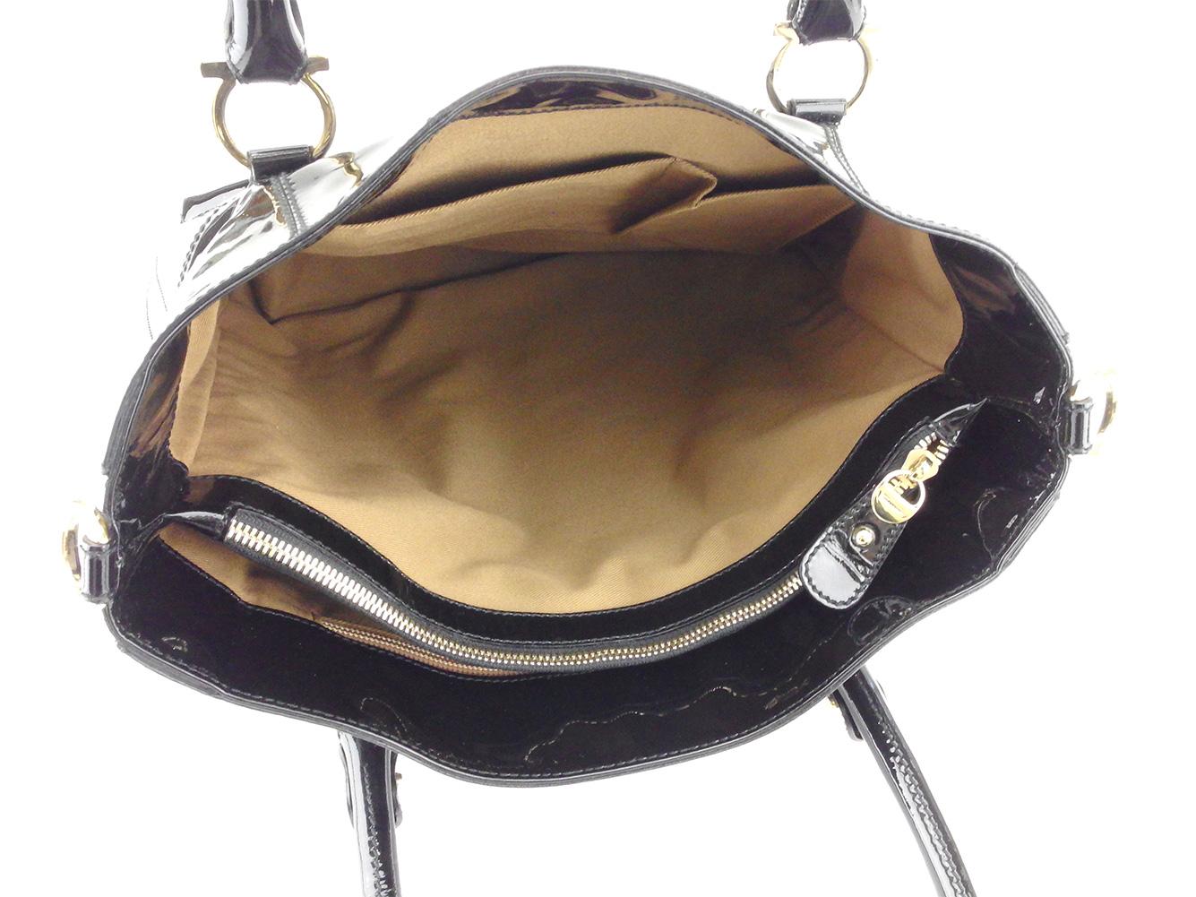 ae8c2a269fe4 ... フェラガモSalvatoreFerragamoトートバッグトートハンドバッグレディースガンチーニブラックゴールドエナメル人気良品 ?財布 ?