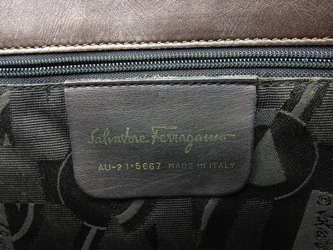 サルヴァトーレ フェラガモ Salvatore Ferragamo トートバッグ トートバッグ ヴァラ金具 レディース メンズWEDIH29