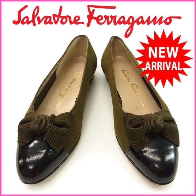 【中古】 【送料無料】 サルヴァトーレ・フェラガモ Salvatore Ferragamo パンプス /シューズ/靴 /レディース /♯(5・1/2C) リボン付き カーキ×ブラック スエード×レザー (あす楽対応)人気 美品 Y659