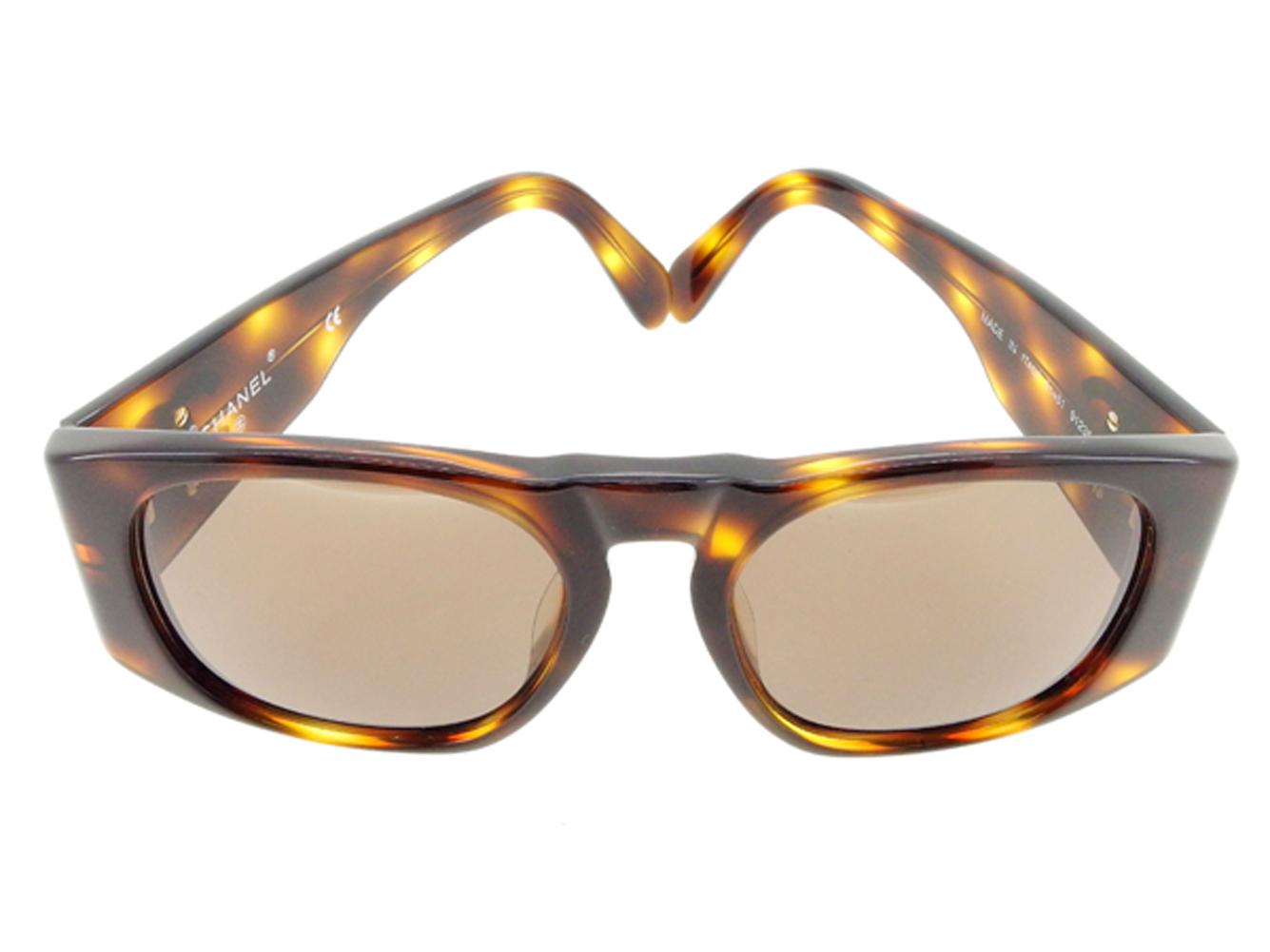 19026c752a Chanel CHANEL sunglasses glasses eyewear girls Boys possible フルリムココマークキッズ  tortoiseshell pattern brown beige gold plastic X gold metal fittings ...