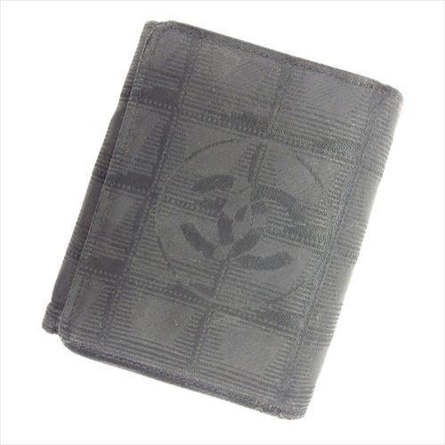 【中古】 【送料無料】 シャネル CHANEL 三つ折り 財布 二つ折り 財布 レディース メンズ 可 ニュートラベルライン ブラック キャンバス×レザー ヴィンテージ 人気 T6163 .