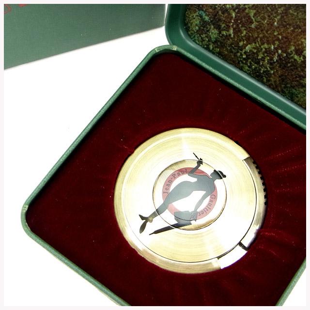 【中古】 ジャンポール・ゴルチェ ライター UFOライター BBシルエット(女) ゴールド Jean Paul Gaultier レディース プレゼント 贈り物 1点物 人気 良品 春 ブランド 迅速発送 オシャレ 大人 在庫処分 ファッション 【送料無料】 T16181
