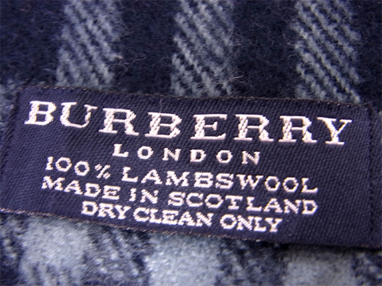 7097d6bcc7d77 ... Lady's men check navy-blue red wool hair popularity sale T9968 with the Burberry  BURBERRY