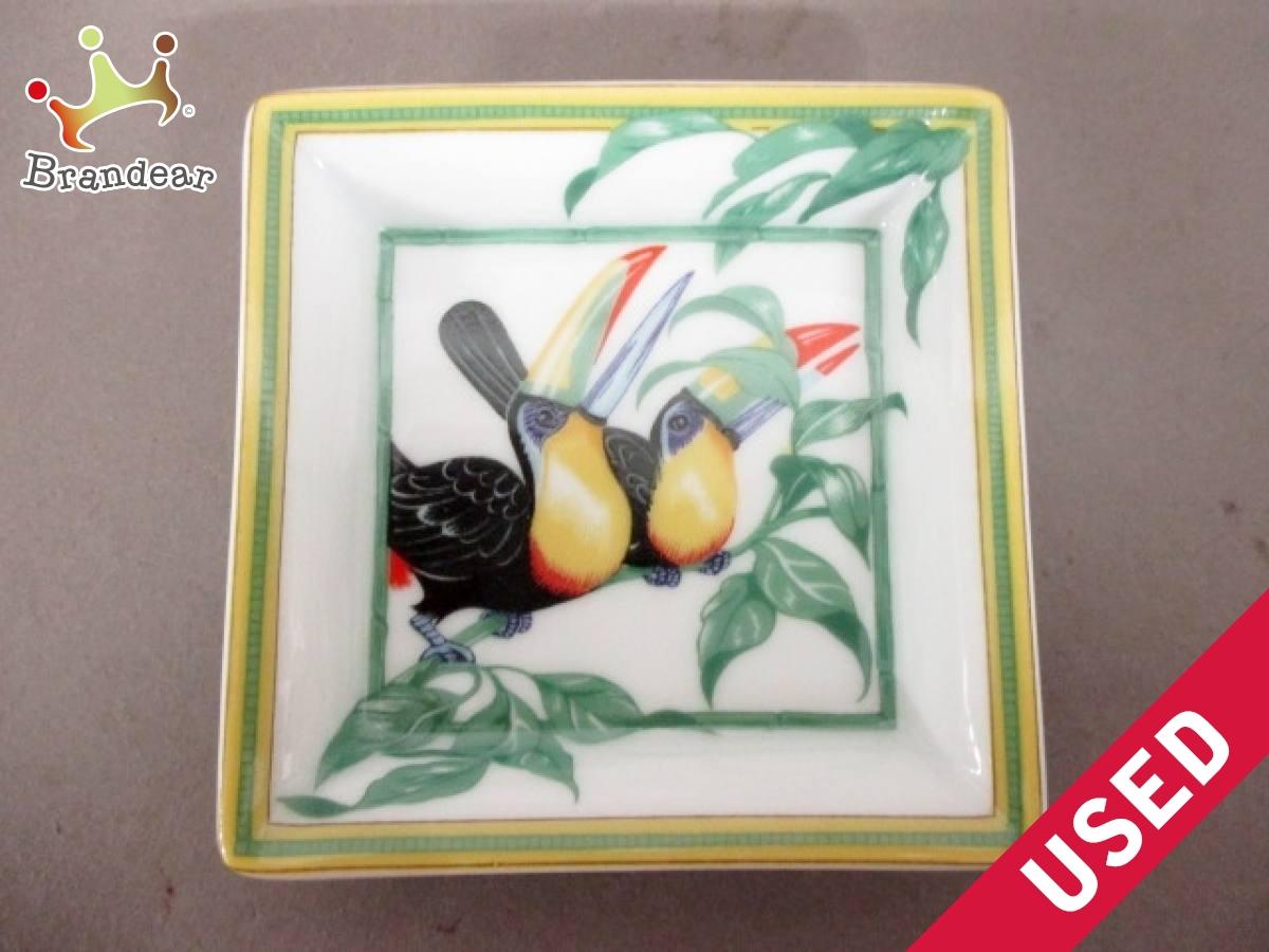 HERMES(エルメス) 小物入れ美品■ - 白×グリーン×黒 ART DE LA TABLE/スクエアプレート 陶器【中古】