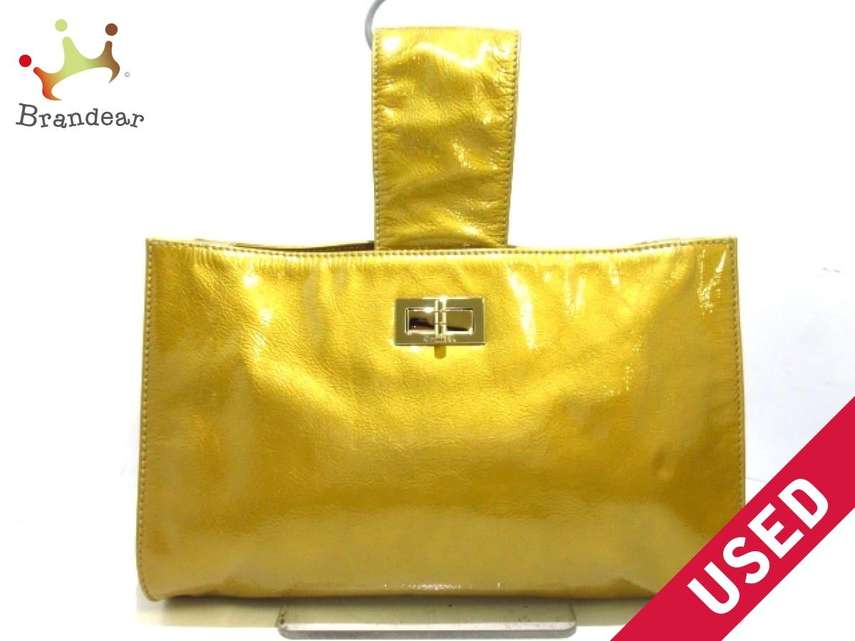 CHANEL(シャネル) ハンドバッグ 2.55 ゴールド ゴールド金具 エナメル(レザー)【中古】