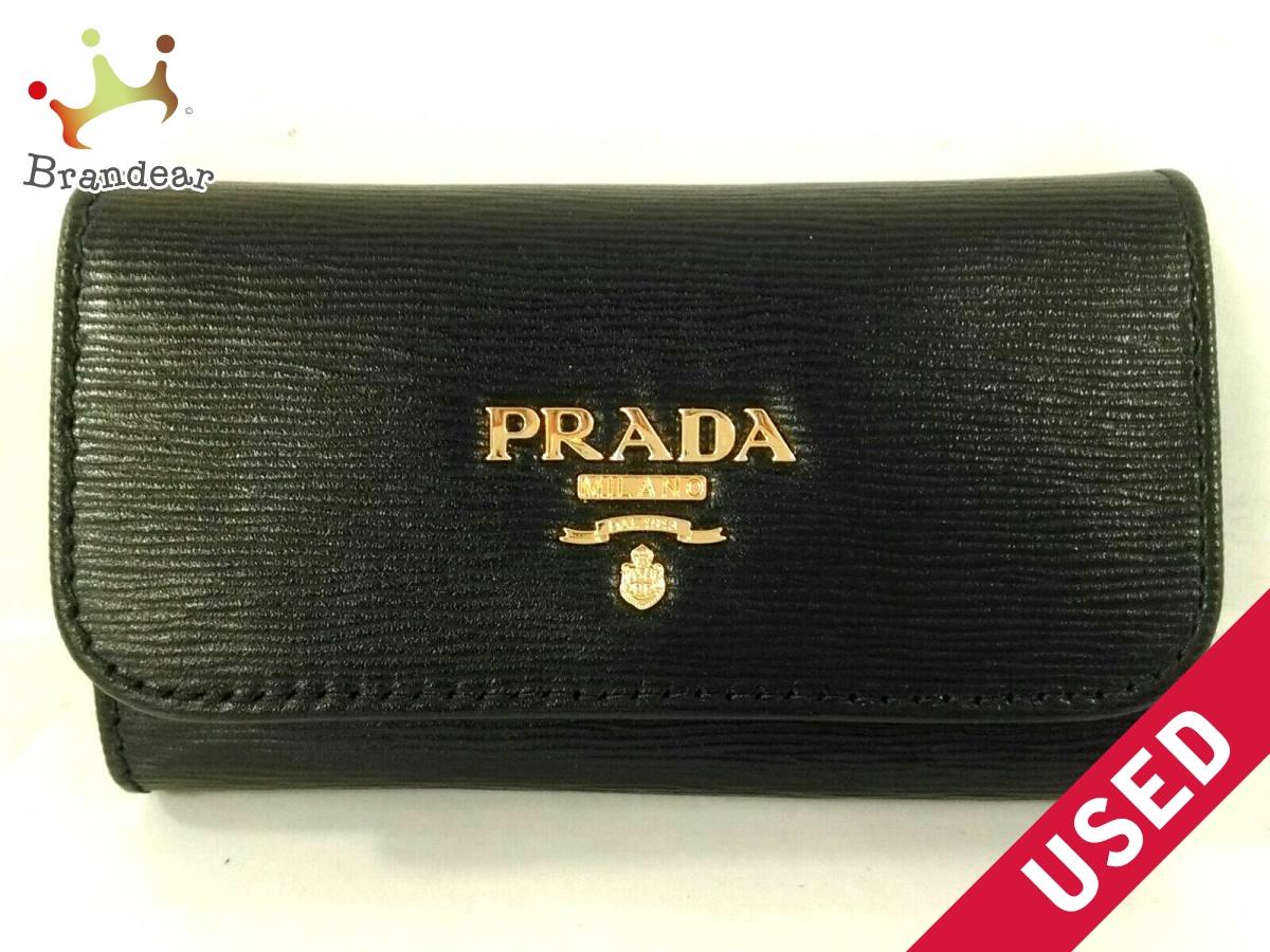 PRADA(プラダ) キーケース美品■ - 黒×ゴールド 6連フック/型押し加工 レザー×金属素材【中古】