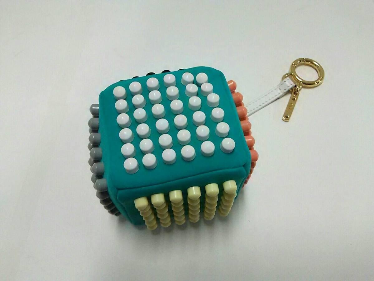 FENDI(フェンディ) キーホルダー(チャーム) キューブチャーム 7AR346 グリーン×マルチ ファブリック×カーフ【中古】
