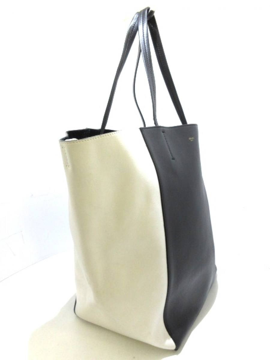 new concept df8f9 26bcc レザー【中古】 白×黒 ホリゾンタルカバ トートバッグ CELINE ...