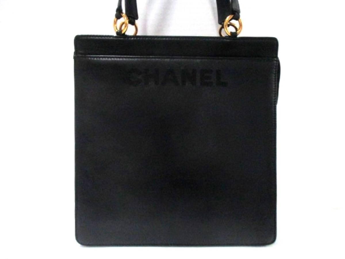 CHANEL(シャネル) ハンドバッグ - 黒 ラムスキン【中古】