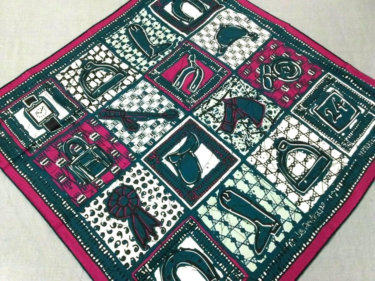 HERMES(エルメス) スカーフ カレ65 ネイビー×パープル×マルチ Le Boubou H/コットン【中古】