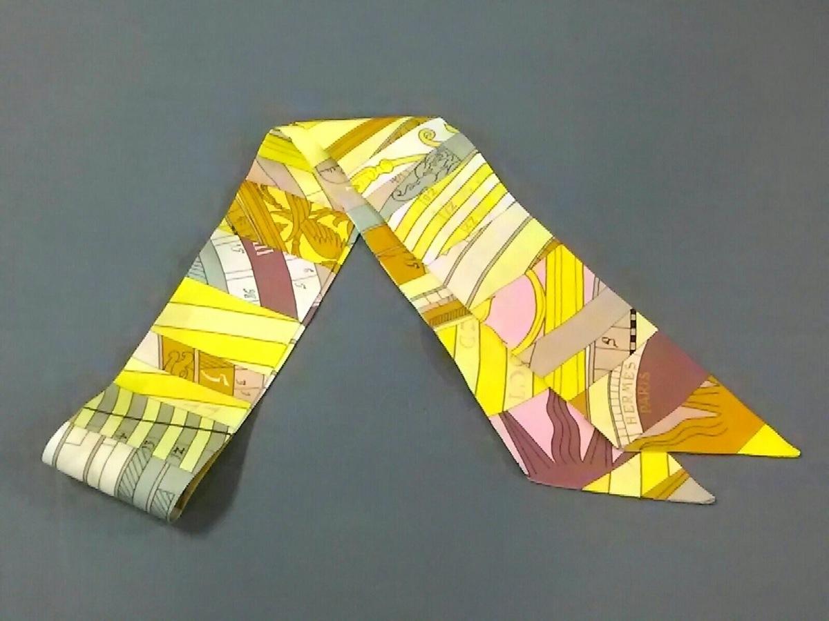 HERMES(エルメス) スカーフ美品■ ツィリー イエロー×ベージュ×マルチ【中古】