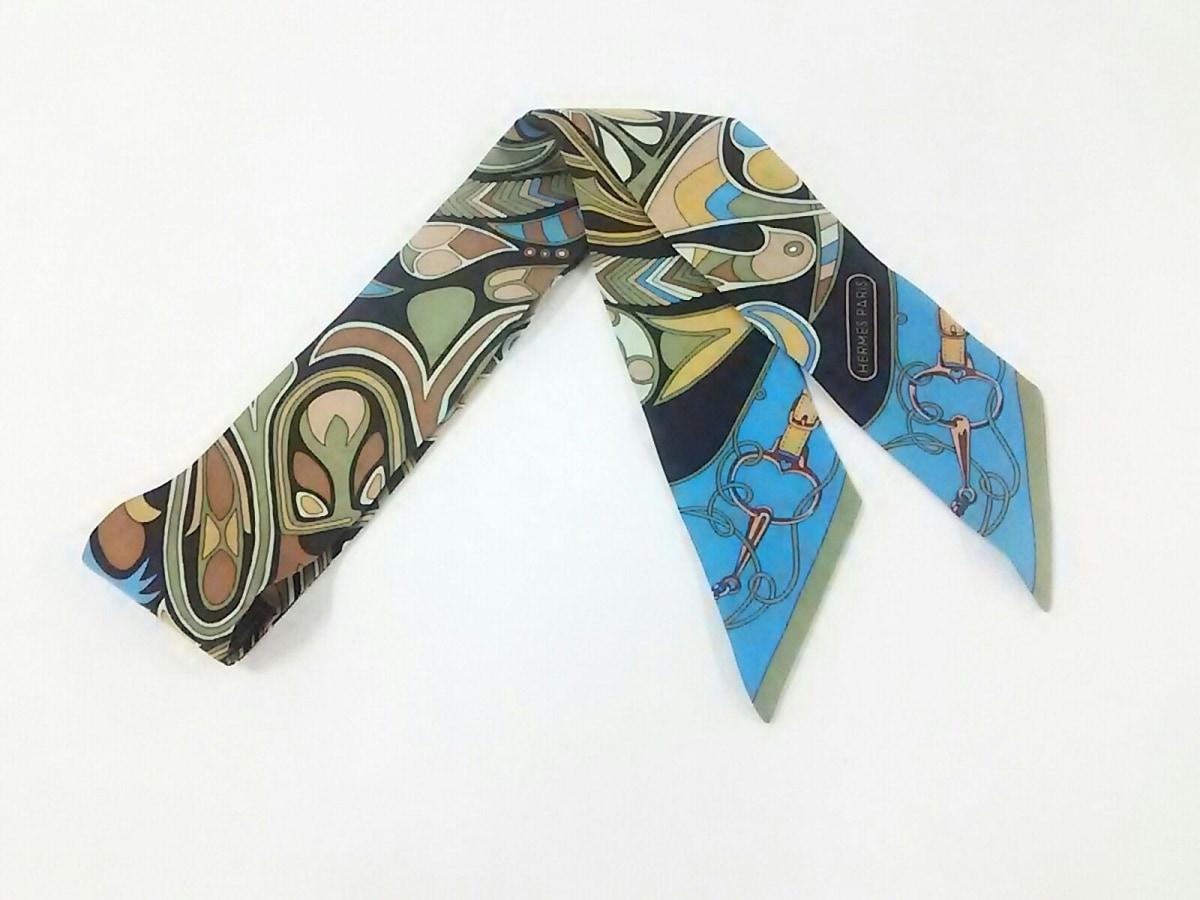 HERMES(エルメス) スカーフ ツィリー 061683S-06 ライトグリーン×黒×マルチ Folklore【中古】