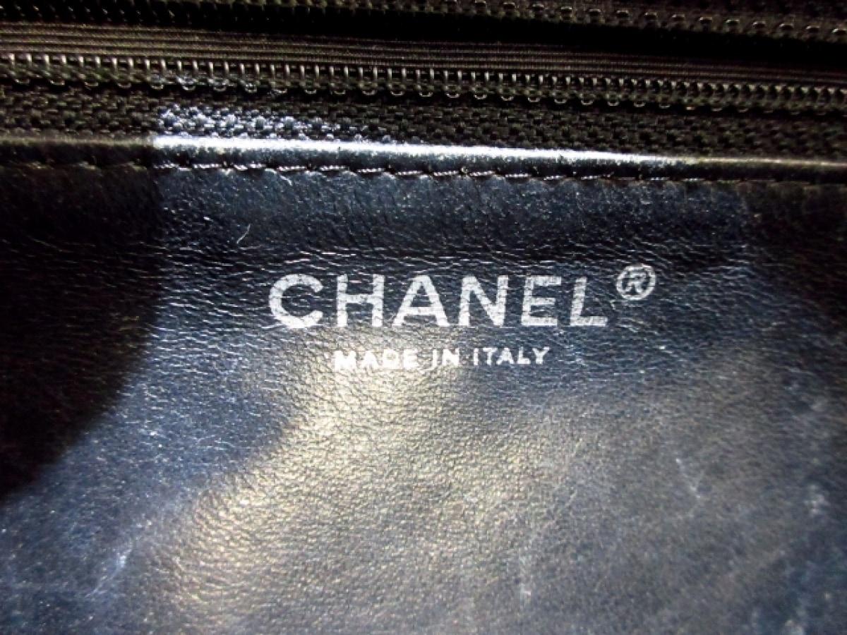 CHANEL シャネルショルダーバッグ マトラッセ 黒 チェーンショルダー シルバー金具 エナメル レザー0wkXZnN8OP