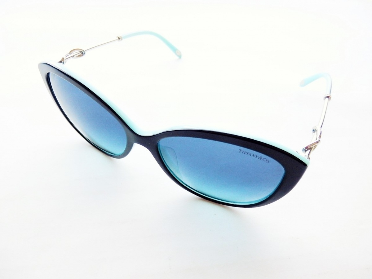 TIFFANY&Co.(ティファニー) サングラス インフィニティ TF4144-B-F 黒×ライトブルー×シルバー プラスチック×金属素材【中古】