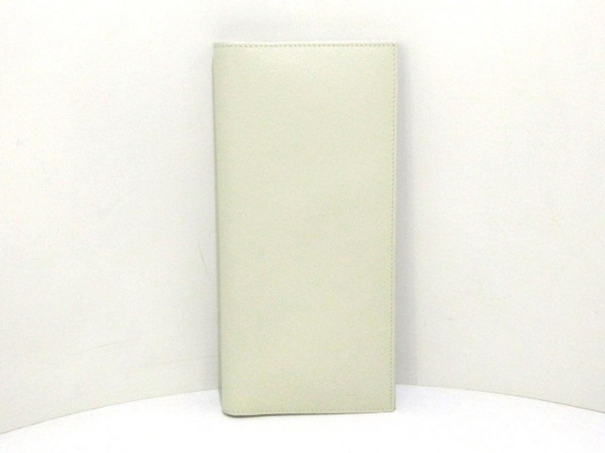 PRADA(プラダ) 財布美品■ - 2M1342 アイボリー トラベルケース レザー【中古】