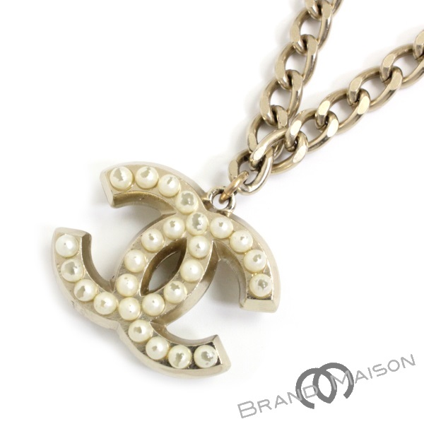f77c859a8 brandmaison: B rank Chanel here mark pearl necklace 04A necklace accessories  Lady's CHANEL | Rakuten Global Market