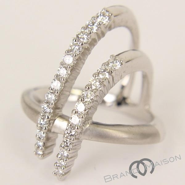 送料無料 今季も再入荷 当店管理番号:0932512280697 新品同様 カラチ ダイヤモンドリング K18WG ホワイトゴールド KARATI 指輪 14号 中古 アクセサリー 交換無料