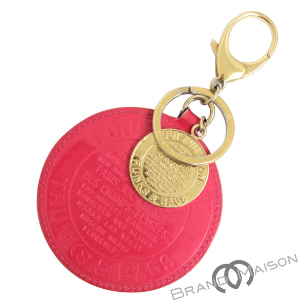 Bランク ルイ・ヴィトン ポルトクレ・ロン M93717 ヴェルニ T&B ローズポップ ピンク LOUIS VUITTON ピンク pink チャーム キーホルダー キーリング 【中古】