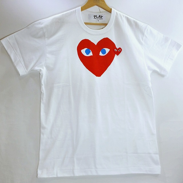 5f012f1ee28dd0 ... TOP T-cloth logo print T-shirts are available from PLAY COMME des  GARCONS. It is the article that I am in the basic that it is easy to mix-and-match