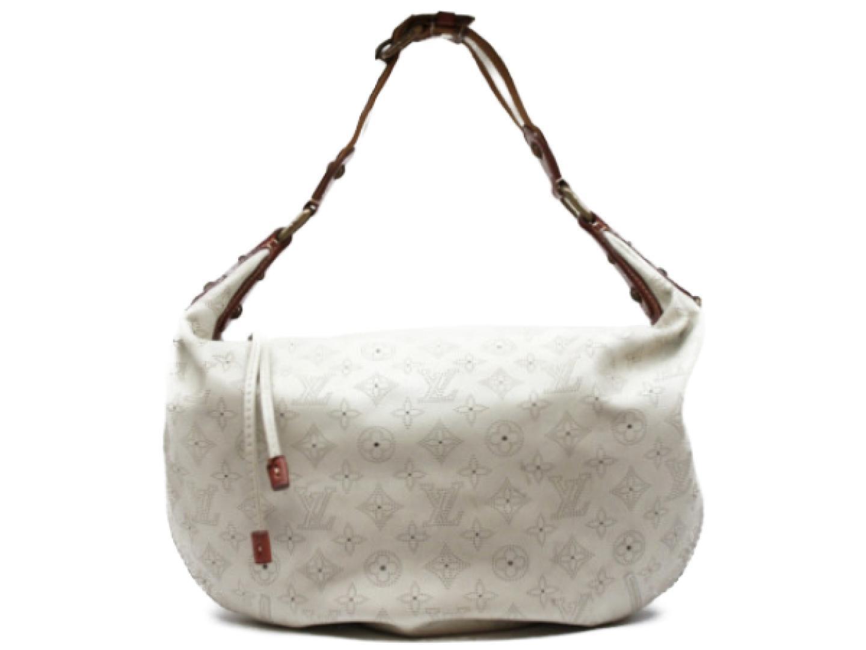 83a1c352f8b Authentic LOUIS VUITTON Onatah GM Shoulder Bag M95460 Mahina Leather White