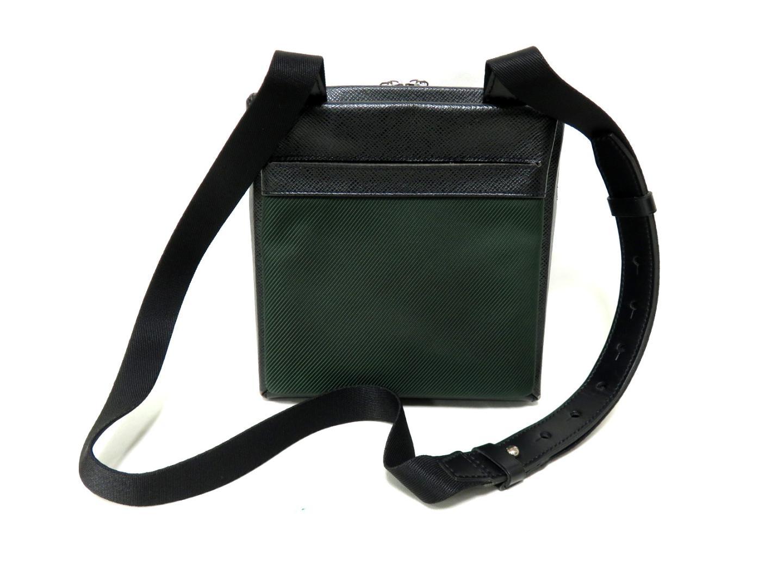 Authentic LOUIS VUITTON Beloukha Shoulder Bag M30912 Taiga Nylon Ardoise x  Green f1fcefaba267f