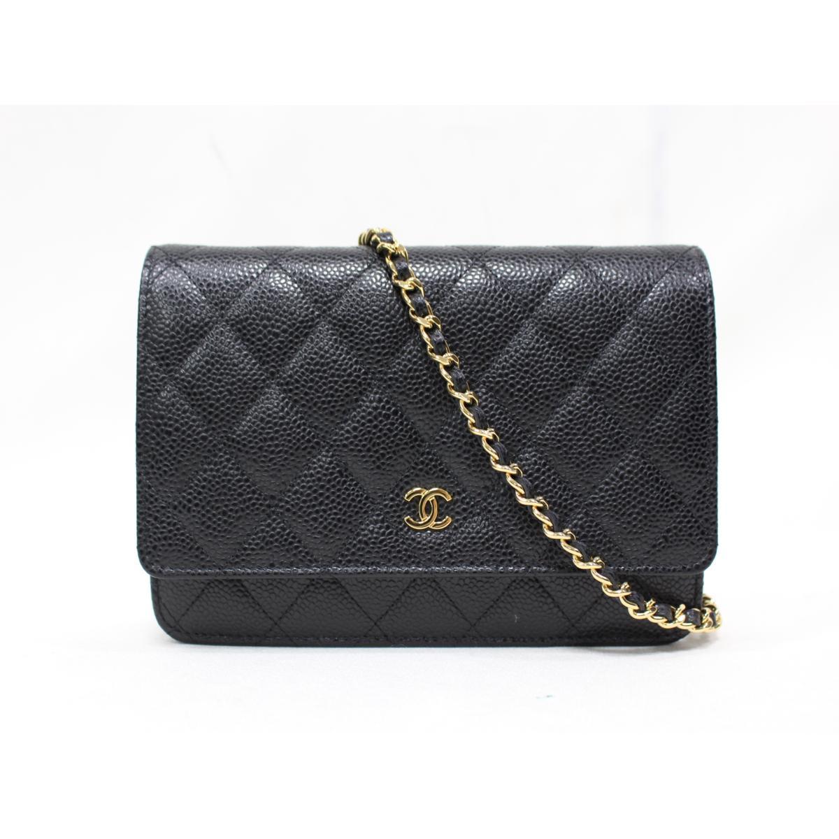 a6eae555bd3f8 Authentic CHANEL Chain wallet Shoulder Bag Purse A33814 Caviar Leather